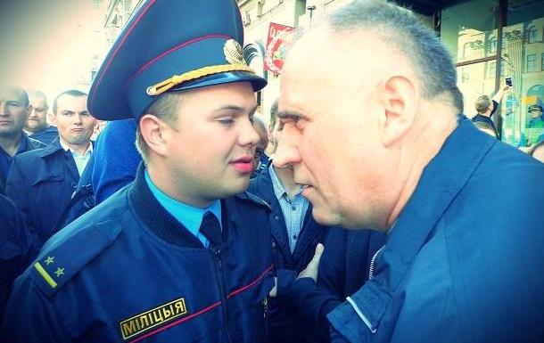 Статкевич готов стать начальником трибунала над Лукашенко