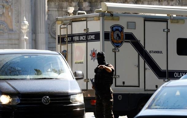 В Турции в результате подрывов погибли пять полицейских
