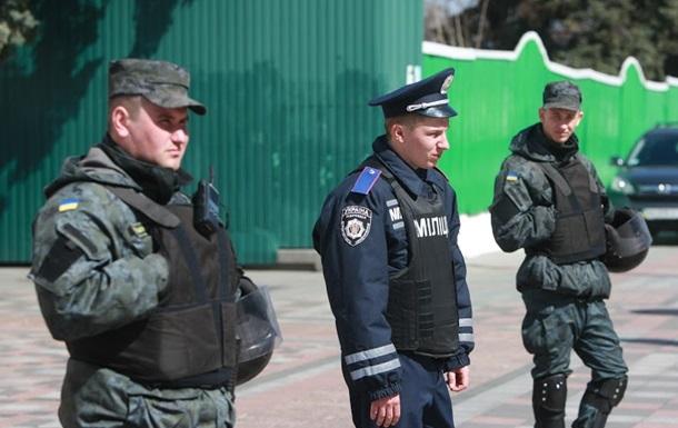 Яценюк заявил о ликвидации органов милиции