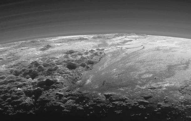 NASA показало видео пролета над районом Ктулху на Плутоне