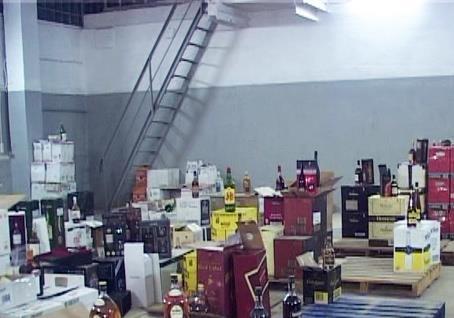 Одесса в своем репертуаре: где-то на складах нашли  паленый  элитный алкоголь