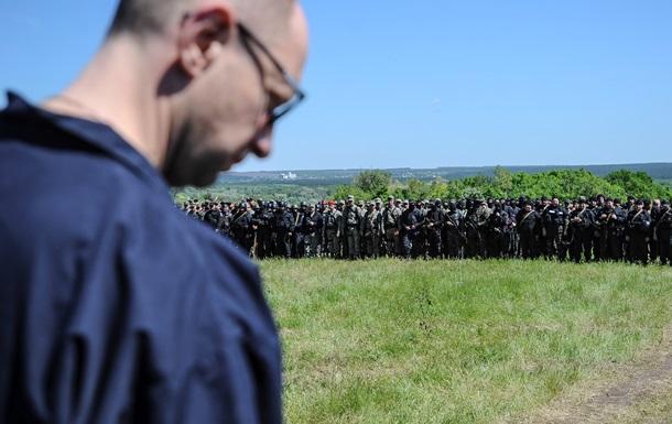 Яценюк: Нам нужно оборонительное вооружение