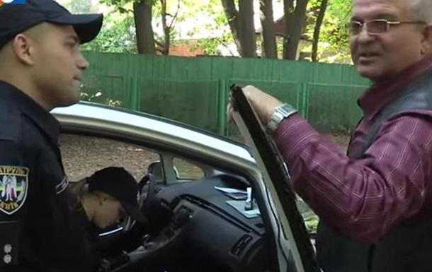 В Киеве полиция задержала пьяного экс-гаишника