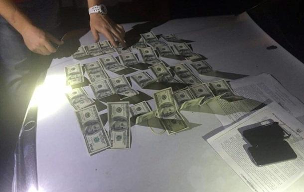 В Харькове на взятке задержали двух прокуроров