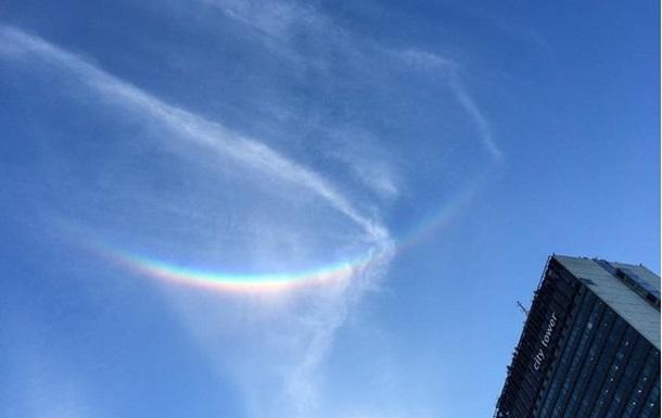 Перевернутая радуга. В Британии засняли редкое природное явление