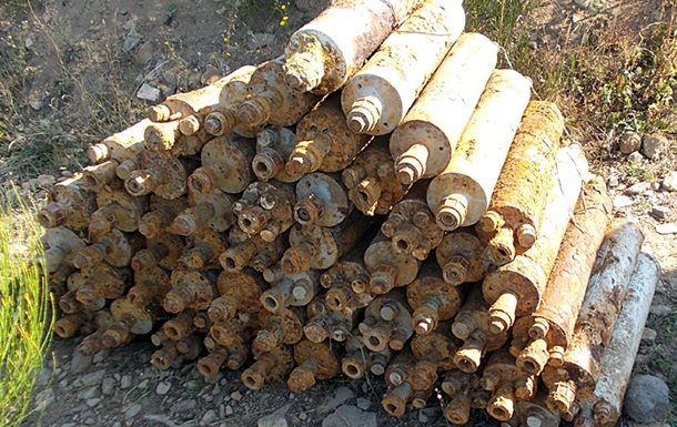 На Закарпатье грибник нашел более 60 реактивных снарядов