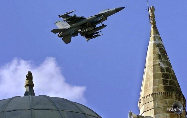 Россия признала нарушение воздушных границ Турции