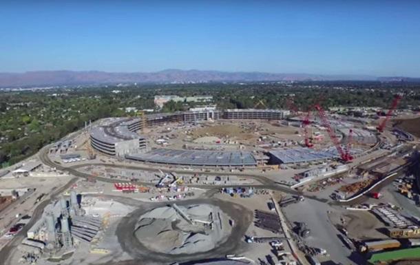Висота технологій: аерозйомка з місця будівництва нового кампуса Apple