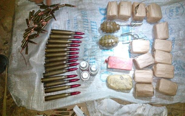 СБУ обнаружила тайник с боеприпасами в Донецкой области