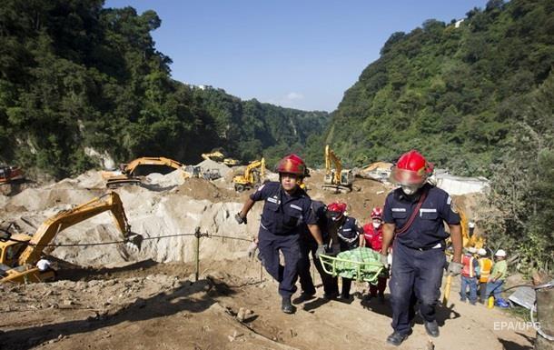В Гватемале число погибших от оползня выросло до 202