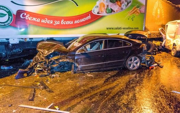 В Болгарии в тоннеле столкнулись более 50 авто, есть жертвы