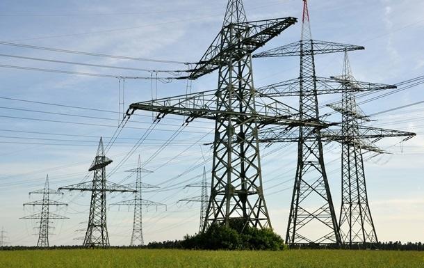 Украина: Подачу энергии в Крым не уменьшали