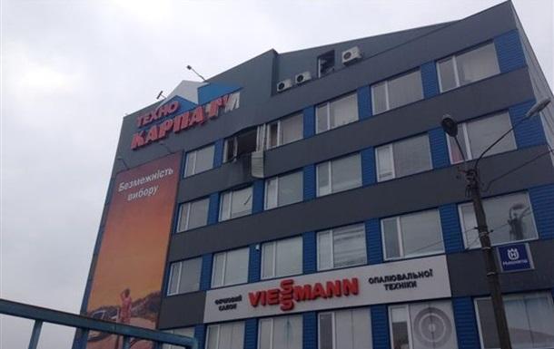 Милиция назвала версии обстрела торгового центра в Мукачево