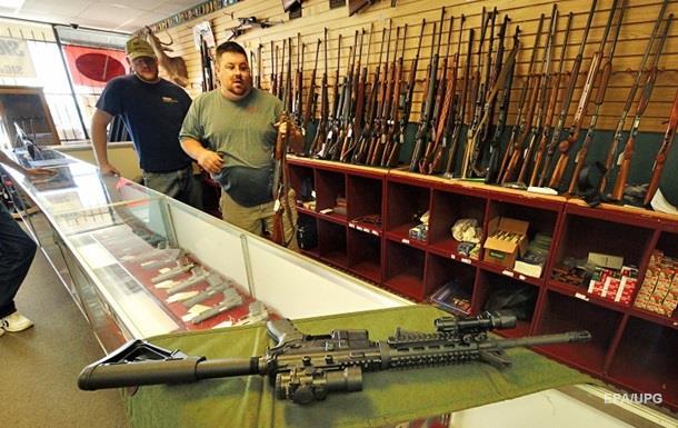 В США оружейный магазин выплатит $6 миллионов раненым полицейским
