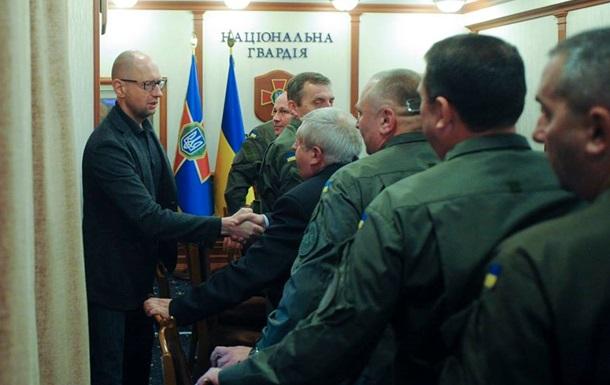 Яценюк планирует запустить линию по производству патронов в 2016 году