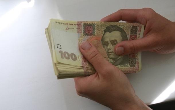 Руководителей подразделения налоговой поймали на взятке