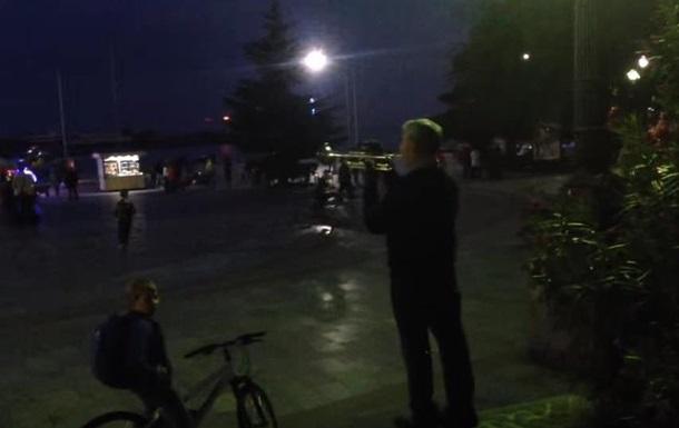 На набережной Ялты сыграли гимн Украины