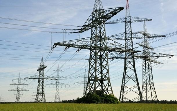 Укрэнерго: Энергообеспечение Крыма осуществляется без ограничений