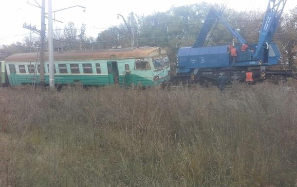 Возле Макеевки поезд сошел с рельсов