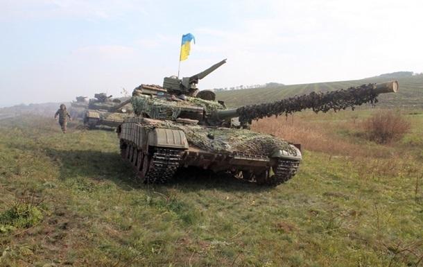 На Донбассе отведены не все танки - штаб АТО