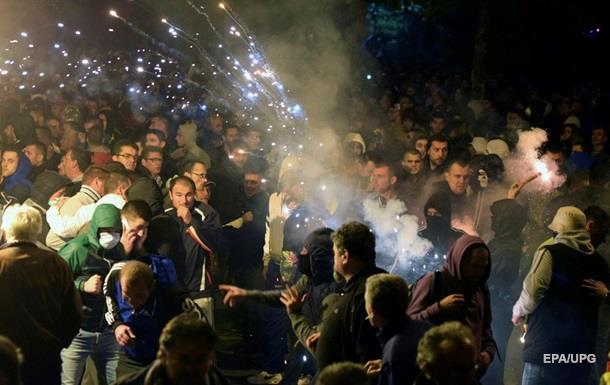 Премьер Черногории обвинил Россию в поддержке протестующих