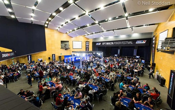 Турнир по покеру на Мальте: онлайн-трансляция