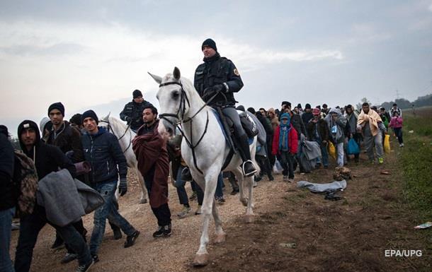 ООН: За год статус беженца в Европе запросили 800 тысяч человек