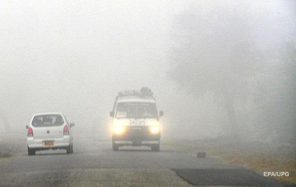 Водителей Киевщины предупреждают о сильном тумане