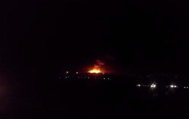 На Луганщине загорелись склады боеприпасов