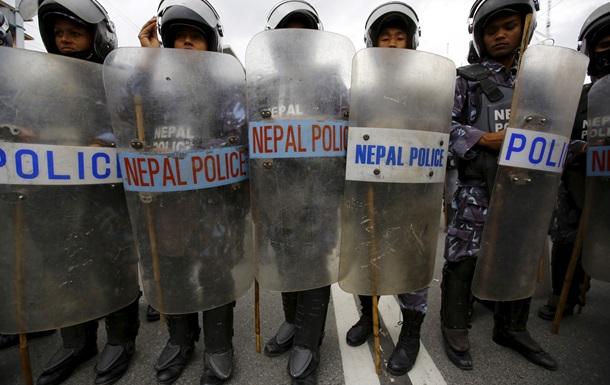 Протесты в Непале: один погибший, 16 ранены