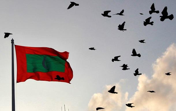 На Мальдивах из-за покушения на президента ввели режим ЧП