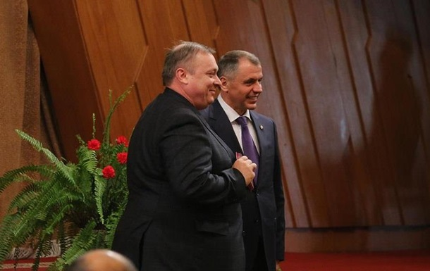 Продюсер  Ласкового мая  стал заслуженным артистом Крыма