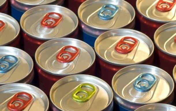 В России хотят отменить запрет на продажу алкоэнергетиков в регионах - СМИ