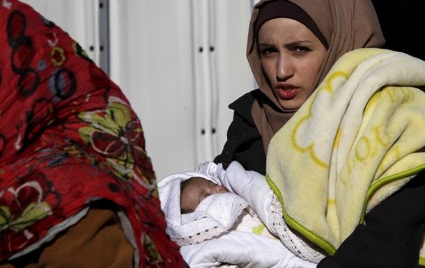 ЕС хочет регистрировать беженцев в других странах