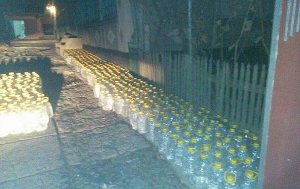 В молдавском селе Украинка пограничники пресекли контрабанду спирта
