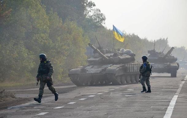 Сутки в АТО: под Донецком вновь стреляют