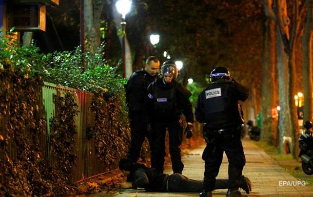 Взрывы во Франции: убиты семеро террористов - СМИ