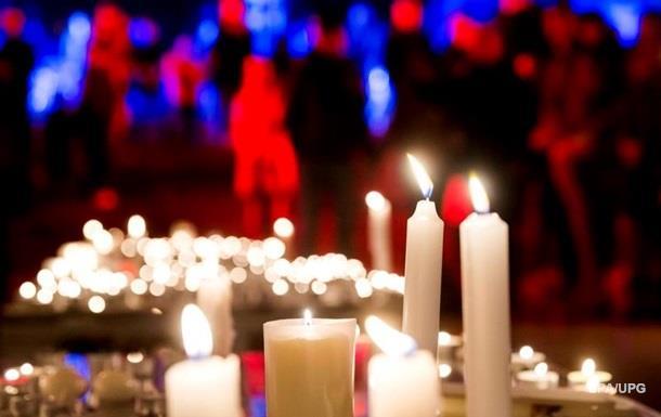 Число жертв терактов в Париже увеличилось