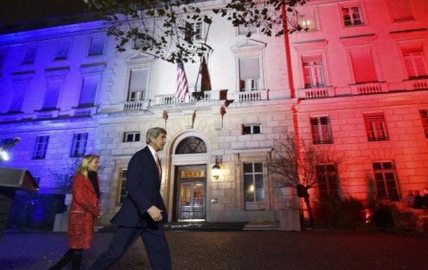 Джон Керри прилетел в Париж с незапланированным визитом