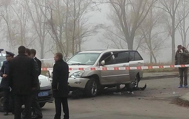 В Киеве взорвалось авто: есть раненый