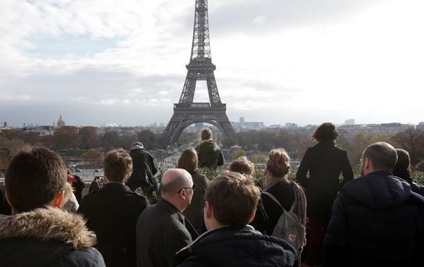 Париж снова закрыл Эйфелеву башню для входа