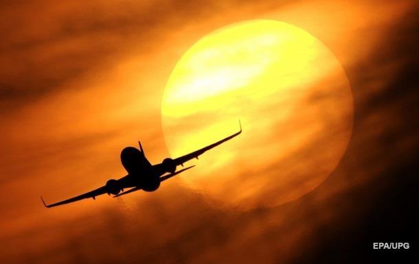 Летевший в Египет самолет экстренно сел в Болгарии