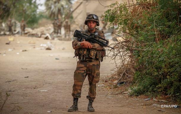 Франция направит в Мали 40 спецназовцев