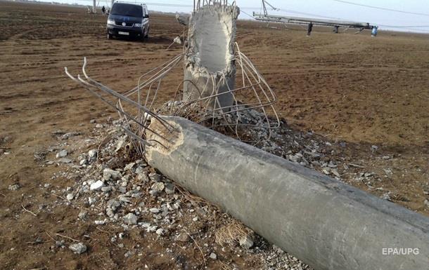 Крымские татары назвали причину падения опор