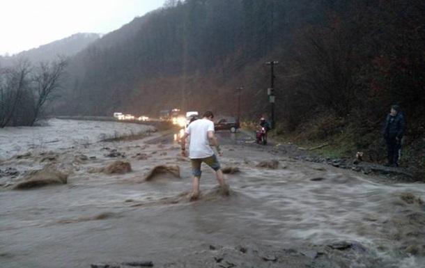 На Чоп движется паводок: ожидается подьем воды до 11 метров