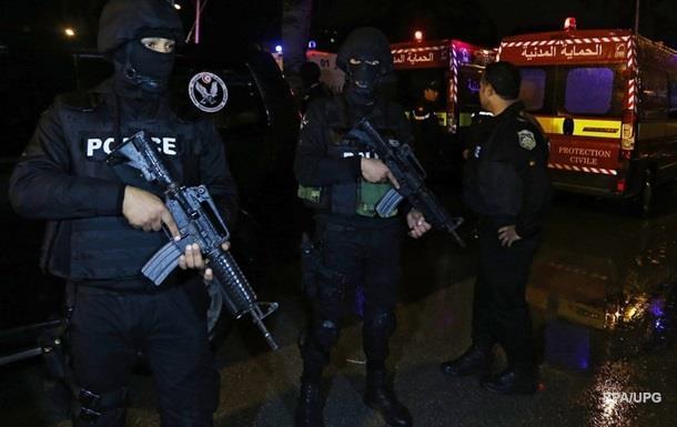 Тунис закрыл границу с Ливией