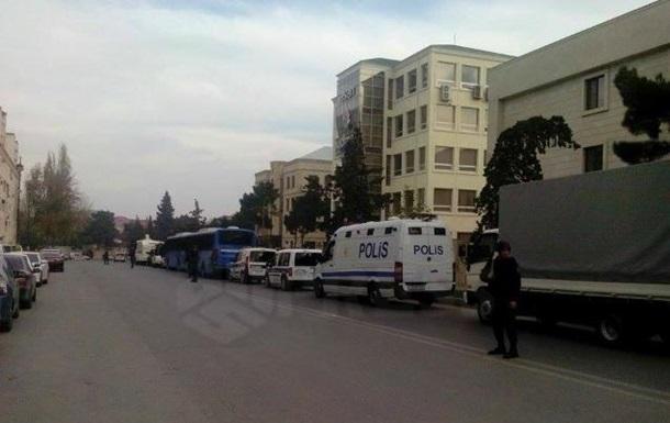 В столкновениях в Баку погибло восемь человек