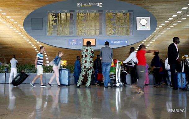 Аэропорт Парижа уволил 57 сотрудников из-за подозрения в радикализме