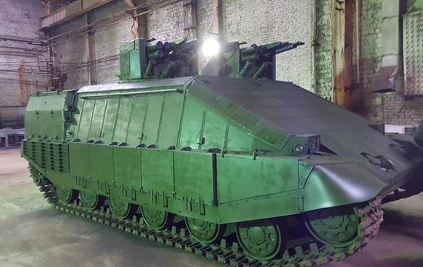 Аваков представил инновационный танк  Азовец
