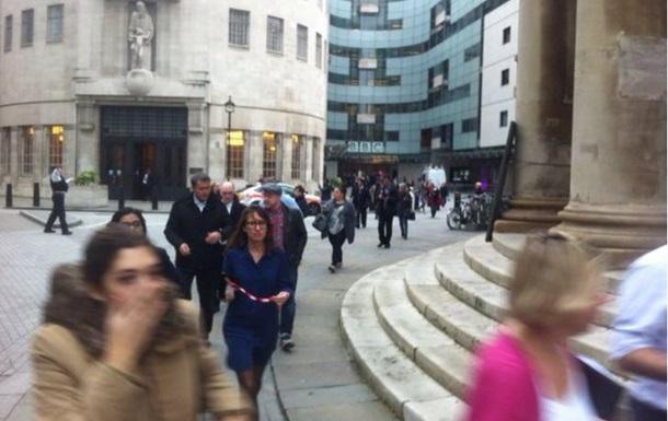 Центр Лондона эвакуировали из-за подозрительного авто